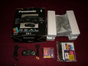 ****BOXED PANASONIC 3DO INTERACTIVE MULTIPLAYER FZ-1+MULTI GAME SAMPLER****