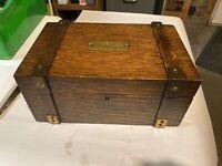 Beautiful Oak Personal Cigar Desk Box