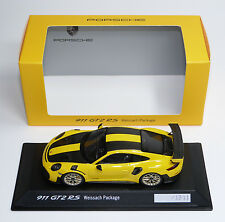 Porsche 911 GT2 RS 991 2017 gelb yellow carbon Spark 1:43 dealer WAP0201520J