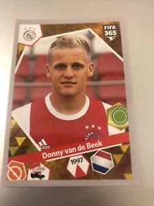 PANINI FIFA 365 2018 DONNY VAN DE BEEK STICKER NO 429