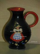 +# A004361_12 Goebel Archiv Muster Vase als Krug mit Tiroler Mädchen VX20