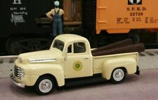 New 1/43 1948 FORD F-1 Southern Railway Railroad with RR Ties