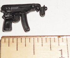 BIN B32 G I JOE Accessory      Black Scorpion Machine Pistol   (Various Figures)