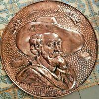Plaque ancienne à accrocher cuivre repoussé RUBENS PETRUS PAULUS   / Ref RUB1610
