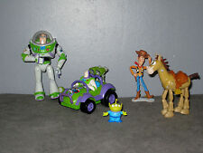 Lot  Figurines Toy Story - Buzz l'Eclair en Voiture /Woody/Pile Poil/Rex/Alien