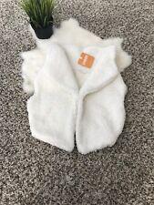 Gymboree Girl Winter Vest Sweater Beige Sleeveless Sz 5-6