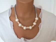 Bettelkette Statement Halskette Modeschmuck Kette Collier Gold Weiß Perlen