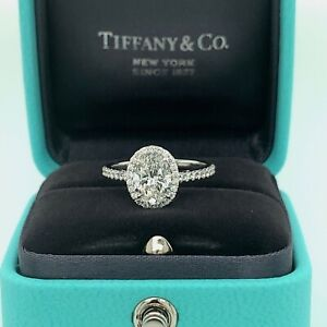 Tiffany & Co. Oval Soleste Diamond Engagement Ring 1.56Cts Total F VVS2 Platinum