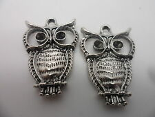 4  Tibetan Silver OWL Charms,Pendant,Jewellery,card making,scrapbooking 26x16mm