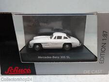Schuco : Mercedes 300 SL White No: 25639  Scale 1:87