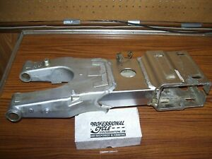 Suzuki 03 LTZ400 Kawasaki 03 KFX400 Decent Rear Swingarm No Cracks