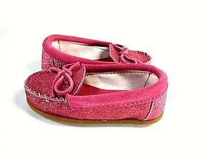 Minnetonka Toddlers Glitter Moc, Hot Pink US Size 9 M, EUR Size 25, UK Size 8