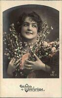 Frohe Ostern 1919 Mädchen mit Weidekätzchen Blumen Strauß Ostergruss Easter Pc.
