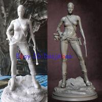 Lara Croft Unpainted 1/24 Beauty Woman Resin Figure Model Kit Unassembled 75MM