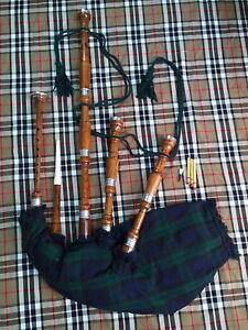 Scottish BAGPIPE ROSEWOOD/SCOTTISH GREAT HIGHLAND BAGPIPE/BAGPIPES