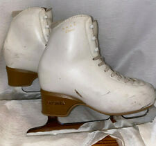 New listing Edea Chorus 230 White Figure Skates with Jackson Ultima Legacy 8 1/2'' Blades