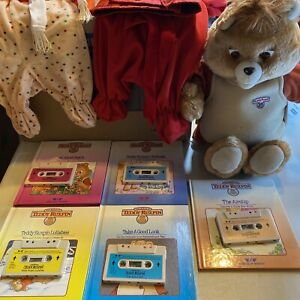 1985 Teddy Ruxpin Talking Bear - 5 Book & Tapes , Two Clothing Sets Excellent !!
