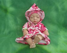 "10"" BABY GIRL ANATOMICALLY CORRECT SOFT VINYL SILICONE HOODIE ROBE HAT PANTY SET"