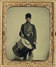 CIVIL WAR PHOTOGRAPH Unidentified soldier in Union uniform with drum