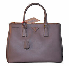 PRADA Damentaschen mit Magnetverschluss
