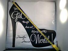 GIVE A GIRL THE RIGHT SHOE - Marilyn Monroe Vinyl Wall Decal Sticker Art Quote