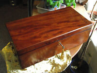 solid mahogany campain writing slope with prop / lector for planning /organising