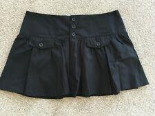 H&M Black Beach Skater Mini Skirt Size 6-8 (more like an 8-10)