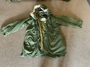 Parka extreme cold weather size medium-regular with liner and hood ,M65 Fishtail