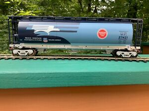 2 RAIL O SCALE UNION PACIFIC HERITAGE MOPAC 3 BAY CYLINDRICAL HOPPER