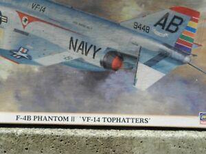 "HASEGAWA,U.S. NAVY,""TOP HATTERS""F-4B PHANTOM 1/72 Model Airplane Kit # 00796"