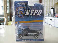 GreenLight NYPD Traffic NYC New York Police Tow Truck 1:64 S Scale