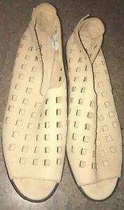 Arche (Paris) Womens Sand Coloured Suede Shoes Size 40