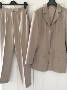 Woman Two pieces Blazer Suit with High Waist Trouser GB10 Petite ( New Other)