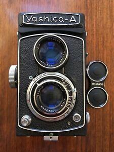 Vintage Yashica A Camera,120 Film.