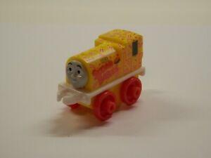 Thomas & Friends Minis 2017/1 SUGAR BABIES BILL #114 - NEW - TOOTSIE THEME