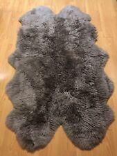 Natural SHEEPSKIN area rug grey 4*6