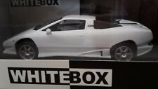 Lamborghini P140 1988 Blanche 1/43 WhiteBox. WB505.