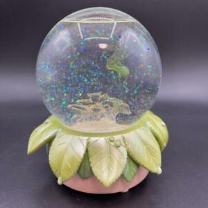 Disney Tinkerbell Snow Globe Peter Pan Cute