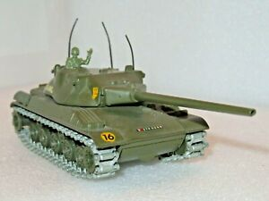 SOLIDO 209 CHAR AMX 30T TANK. SUPERB 1/50 EXAMPLE JUST MISSING THE MACHINE GUN.