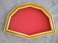cornice ventagliera in legno dorato con intarsi (cm. 52x34)