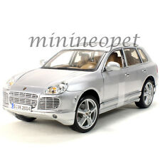 MAISTO 31634 PORSCHE CAYENNE TURBO 1/18 DIECAST MODEL CAR SILVER