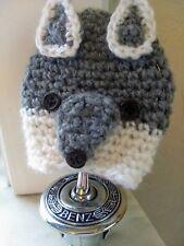 gehaakte ' wolf ' muts voor mercedes ster , mercedes star crochet