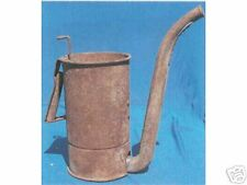 ANTIQUE OIL CAN WITH SPOUT