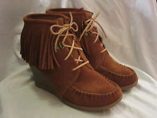 MINNETONKA MOCCASIN LIMITED EDITION BROWN FRINGE ANKLE WEDGE BOOTIE 84022~9M
