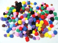 250 pompons ronds 12 à 26mm peluches polyester loisirs créatifs Mix couleurs DIY