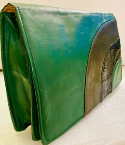 VINTAGE GREEN LEATHER CLUTCH BAG ICONIC ART DECO / 1940's