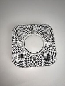 Nest Smoke & CO2 Detector - Please Note It Has Scratches