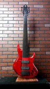 MIURA MBR fretless 6string bass