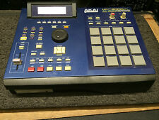 AKAI MPC2000XL BLUE MPC 2000 XL 32m 250 meg internal zip drive,pads //ARMENS