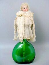 ORIGINALE ANTICA SCHOENAU & HOFFMEISTER BAMBOLA tramuta con Orologio giocattolo su legno bastone
